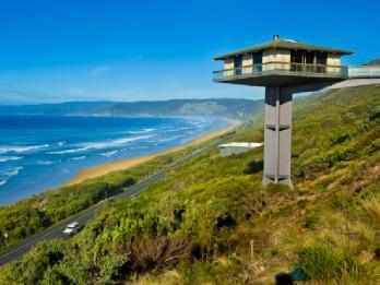 pole house 2